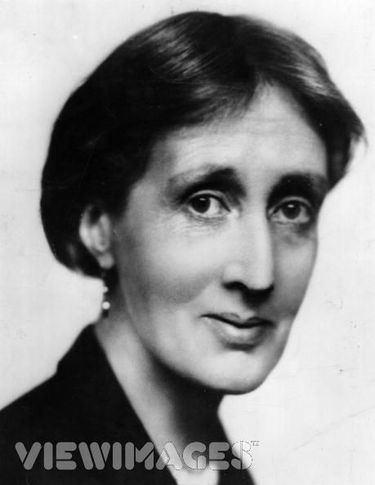 The Death of the Moth, and other essays, by Virginia Woolf
